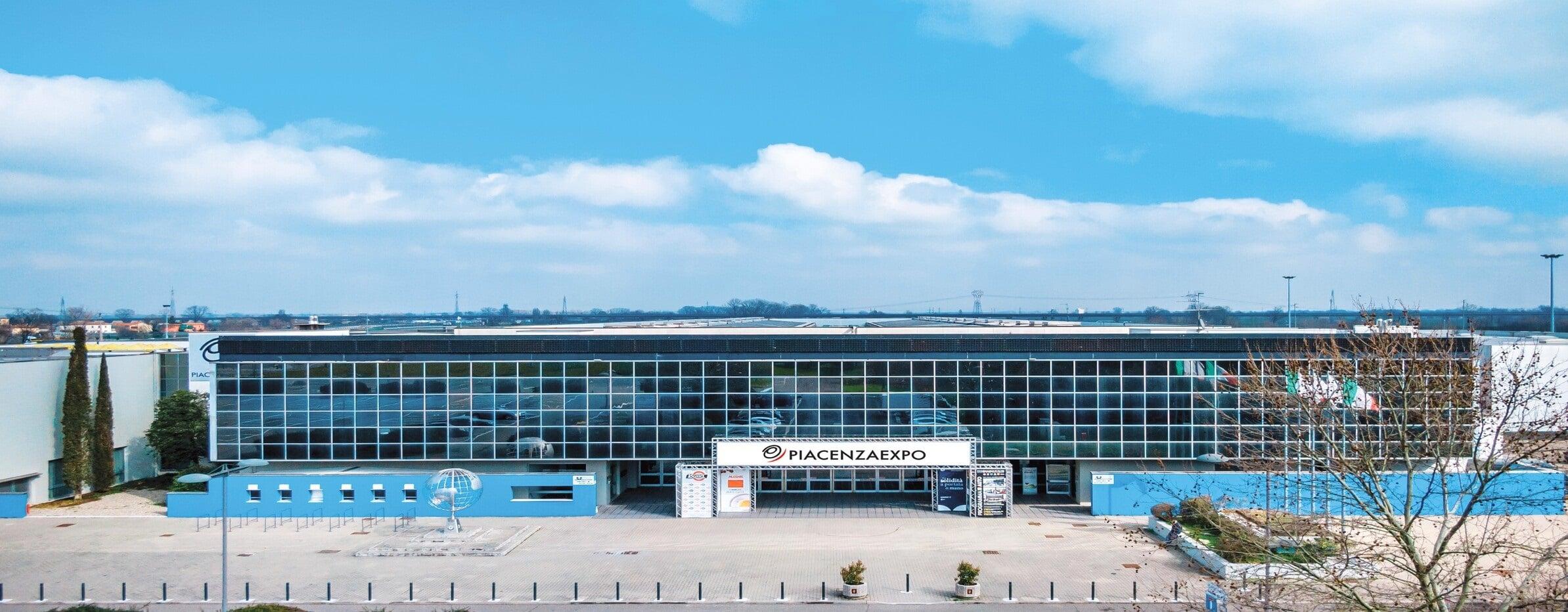 Vista frontale della sede di Piacenza Expo - Piacenza Expo